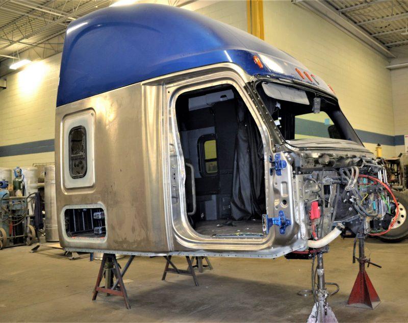 Heavy Truck Collision Repair Hamilton